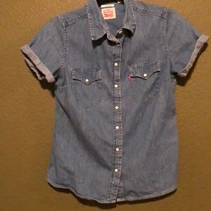 Levis short sleeved button up